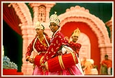 The kishores of Bharuch perform an impressive 'Mandir' dance