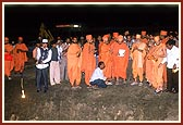 The day before the stone-laying ceremony, Swamishri observes the foundation pit